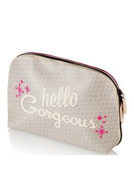 benefit-hello-happy-soft-blur-foundation-makeup-bag
