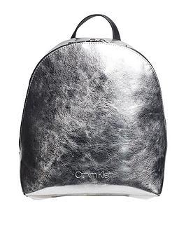 calvin-klein-calvin-klein-snap-small-metallic-backpack
