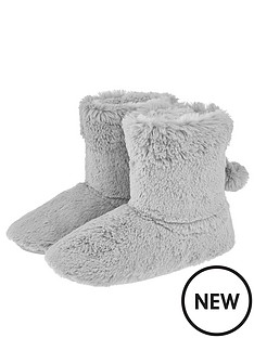 accessorize-furry-slipper-boot