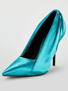 v-by-very-cally-satin-super-point-court-shoes-tealblack