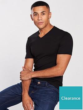 river-island-black-muscle-fit-v-neck-t-shirt