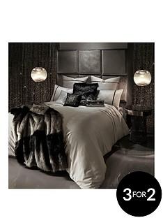 kylie-minogue-messina-housewife-pillowcase