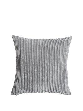 plush-cord-cushion