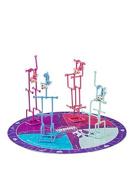 fingerlings-jungle-gym-game