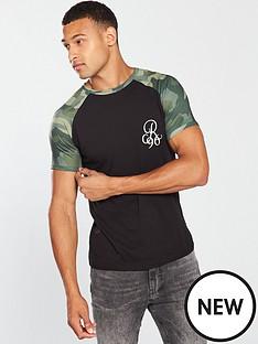 river-island-black-camo-print-muscle-fit-raglan-t-shirt
