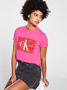 calvin-klein-jeans-iconic-monogram-box-straight-t-shirt-pink