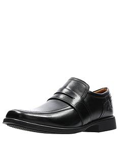 clarks-huckey-slip-on-shoe