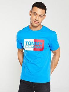 tommy-jeans-essential-split-box-t-shirt
