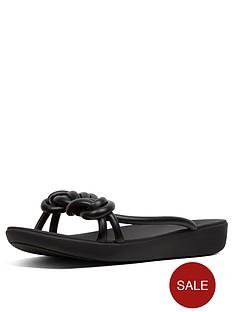fitflop-tiera-flat-sandal