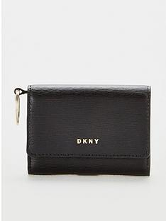 dkny-bryant-sutton-leather-credit-card-case-black