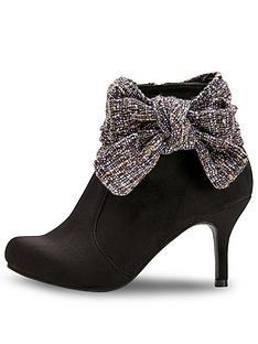 joe-browns-boutiquey-bow-boots-black-multi