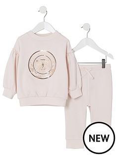 river-island-mini-mini-girls-pink-butterfly-sweatshirt-outfit