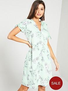 vero-moda-nbspv-neck-printed-tie-knot-midi-dress-multi