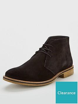 very-man-black-suede-chukka-boot