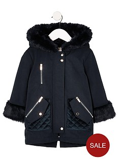 b15c47f78353 River Island Mini Mini girls navy faux fur trim parka jacket
