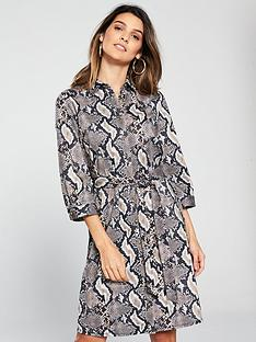 wallis-animal-printed-buttoned-shirt-dress-snake