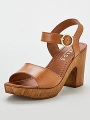 ffe4cebd87 Beige | Sandals & flip flops | Shoes & boots | Women | www ...