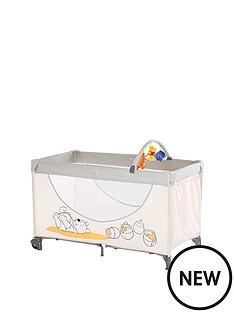 winnie-the-pooh-hauck-disney-dream-play-travel-cot--pooh-cuddles