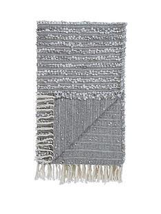 reflections-boucle-throw