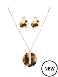 michelle-keegan-tortoiseshell-necklace-and-earring-set-goldnbsp