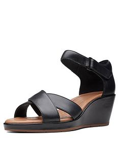 01319ca6b862 Clarks Clarks Unstructured Un Plaza Cross Wedge Sandal Black