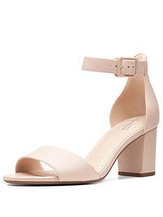 clarks-deva-mae-heeled-sandal-shoes-nude-pink