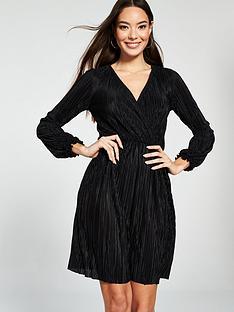 62fe0afe9f327 River Island Plisse Tea Dress - Black