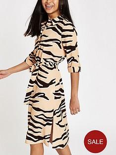ri-petite-tiger-print-collar-dress