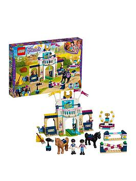 lego-friends-41367-stephanies-horse-jumping