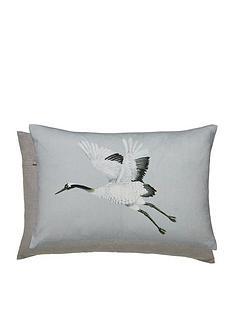 harlequin-meso-cushion