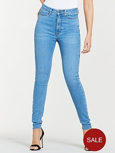 michelle-keegan-premium-skinny-jeans-light-wash