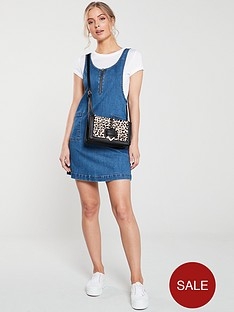 v-by-very-denim-pinafore-dress-mid-blue