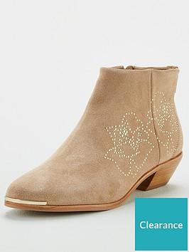 ted-baker-dakotas-ankle-boots-camel