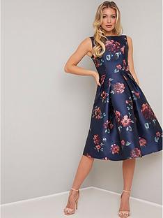 chi-chi-london-mindy-floral-print-midi-dress-navy