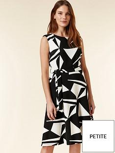 wallis-petite-geo-print-dress-black-amp-white