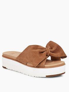 b4d1796962b UGG Ugg Joan II Flatform Sandals - Chestnut