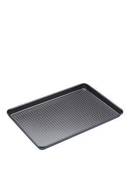 masterclass-crusty-bake-non-stick-baking-tray