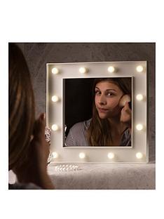 hollywood-light-up-mirror