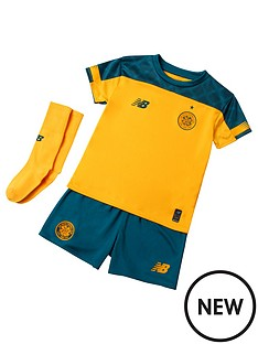 70d2b000e22fe New balance | Football shirts & kits | Kids & baby sports clothing ...
