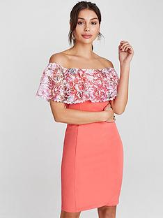 paper-dolls-paper-dolls-coral-bardot-bodycon-with-blush-print-crochet-frill-to-bardot-neckline