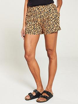 warehouse-leopard-short-animal-print