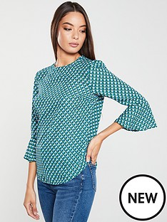 v-by-very-fluted-sleeve-shell-top-geo