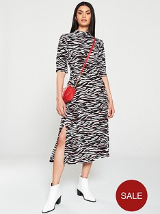 v-by-very-midi-dress-zebra