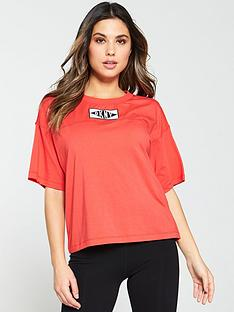 dkny-sport-patch-logo-short-sleeve-t-shirt-red