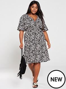 Plus Size Dresses | Plus Size Women\'s Clothing | Littlewoods Ireland