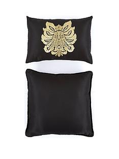 boston-glamour-cushion-pair