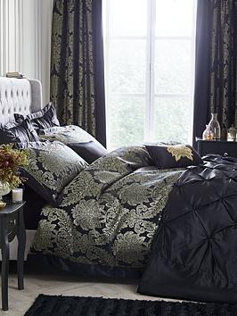 boston-glamour-duvet-cover-set-black-and-gold