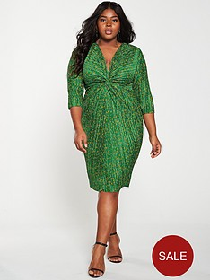 girls-on-film-curve-ditsy-floral-plisse-knot-front-detail-midi-dress-greennbsp
