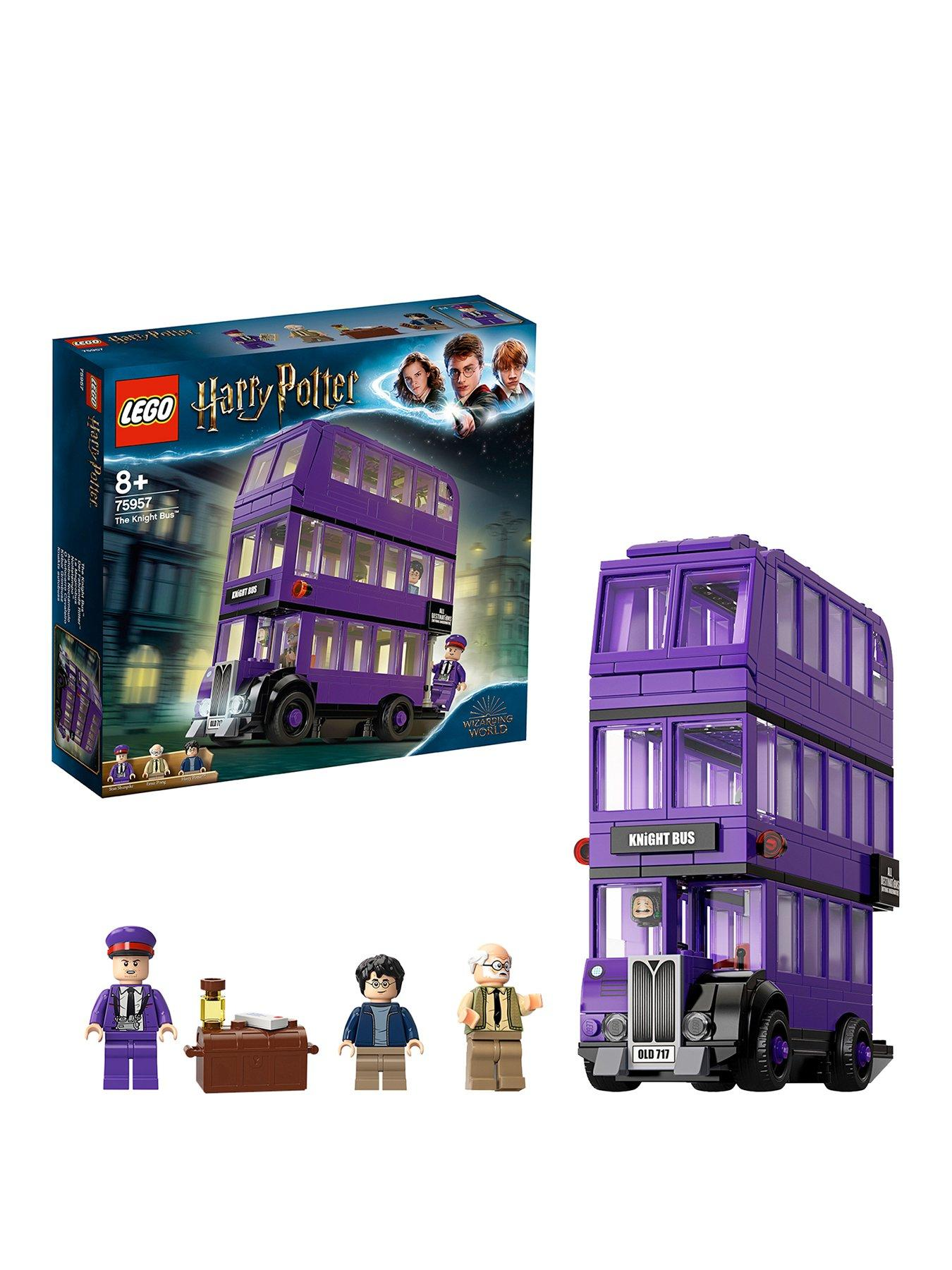 Knights Castle Harry Potter 2 x LEGO Windows with Gold shutters