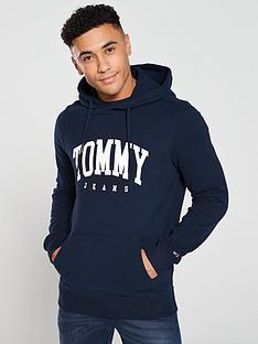 tommy-jeans-essential-logo-hoodie-navy